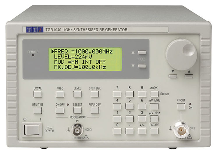 Synthesised RF signal generator, 1GHz, -127 to +7dBm